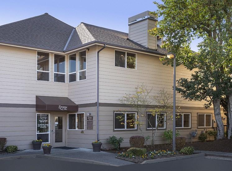 Rivergreens Apartments - Office Exterior