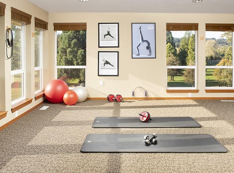 Rivergreens Apartments - Yoga Room