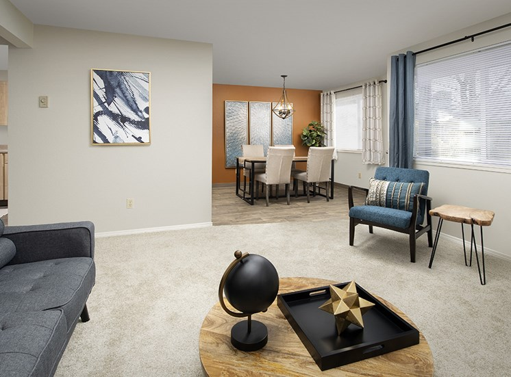 Creekside Apartments - Living & Dining Room