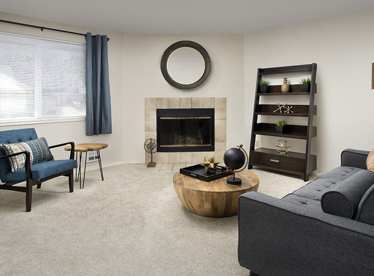 Creekside Apartments - Living Room