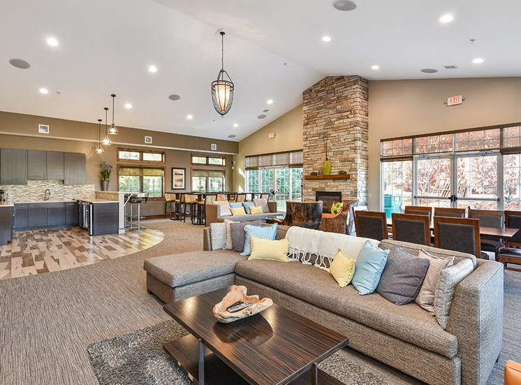 Bass Lake Hills Townhomes - Clubhouse Seating Area