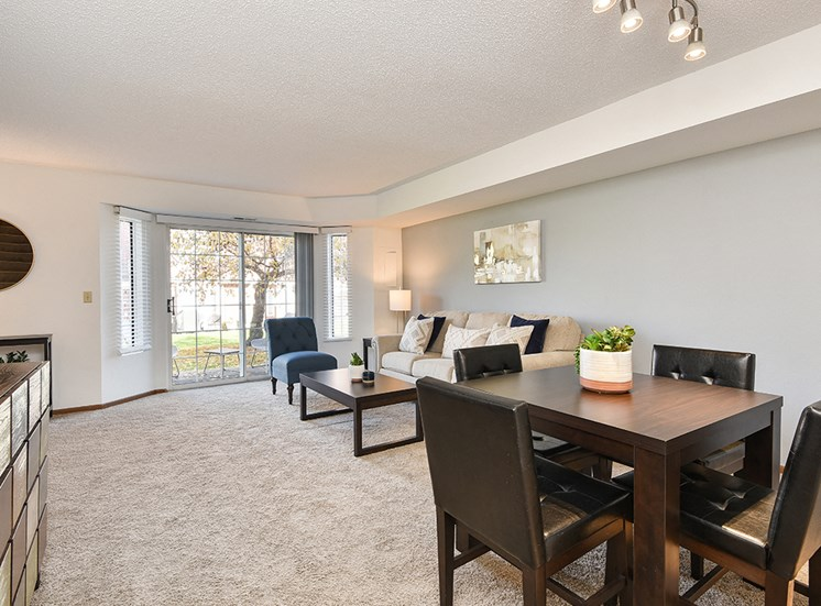Bass Lake Hills Townhomes - Living Room
