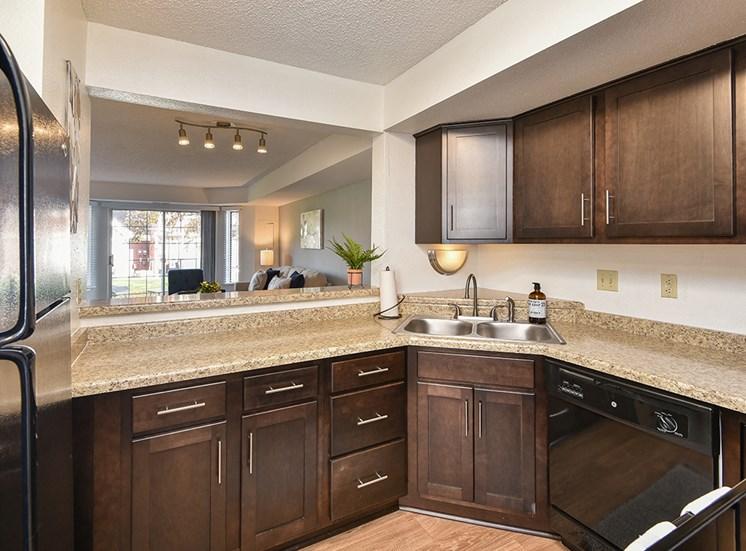 Bass Lake Hills Townhomes - Kitchen