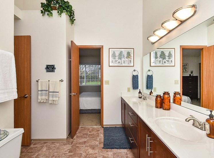 Birch Lake Townhomes - Bathroom