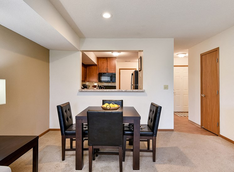 Birch Lake Townhomes - Dining Room