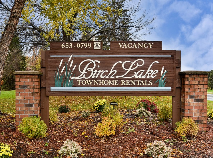 Birch Lake Townhomes - Signage