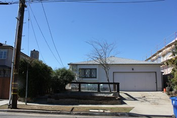 633 Radcliffe Ave. 2 Beds House for Rent Photo Gallery 1