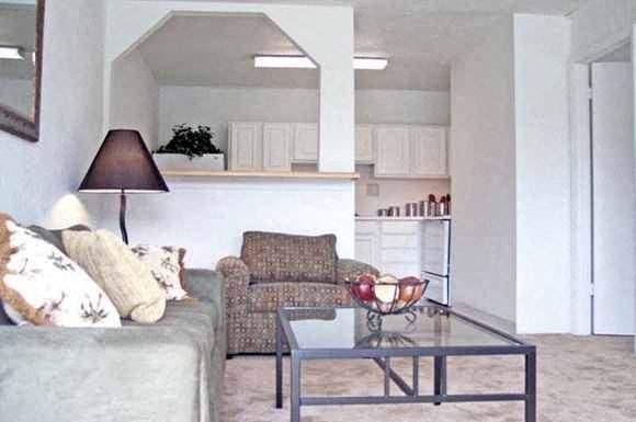Seminole Flatts Photo Gallery 1. Seminole Flatts Apartments  Tallahassee  FL    RENTCaf