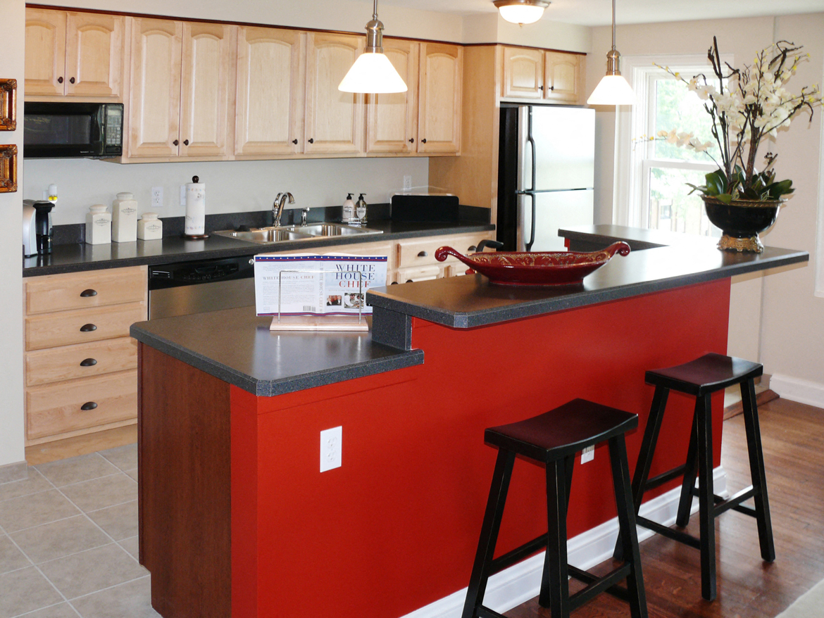 Modern kitchen at Park Lane Villa Apartments in University Circle Cleveland