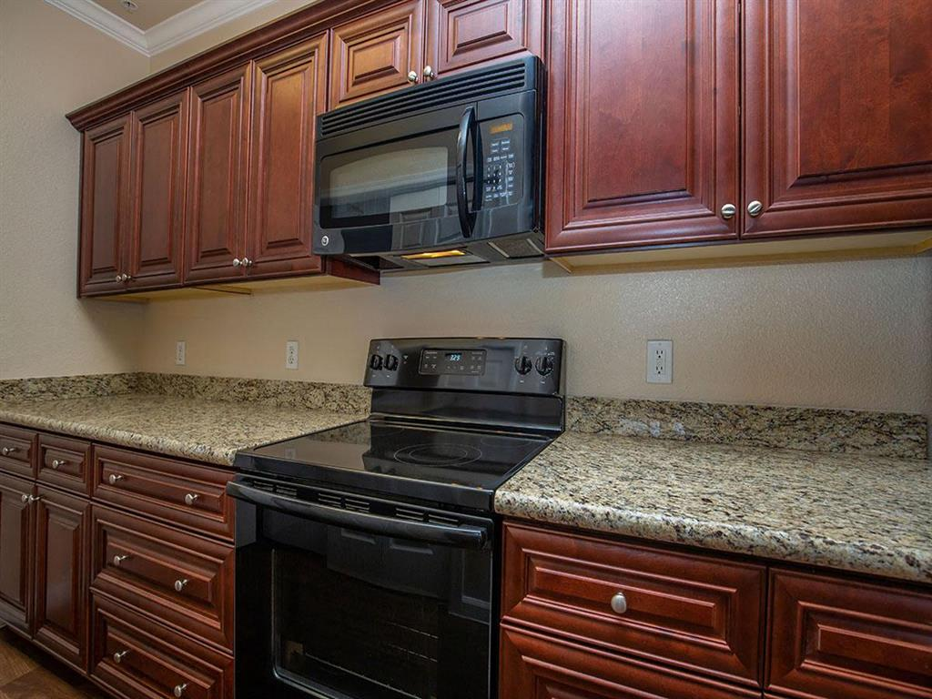 Kitchen With Custom Maple Cabinetry at Painted Trails, Gilbert