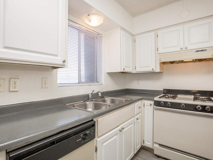 Kitchen with natural light at Yardz on Kolb Apartments in East Tucson, AZ