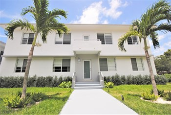 942 Lenox Ave Studio Apartment for Rent Photo Gallery 1