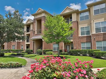 12660 Stafford Rd 1-3 Beds Apartment for Rent Photo Gallery 1