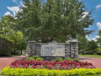 18600 S Parkview Dr. 1-3 Beds Apartment for Rent Photo Gallery 1