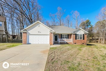 4438 Derbyshire Ln 3 Beds House for Rent Photo Gallery 1