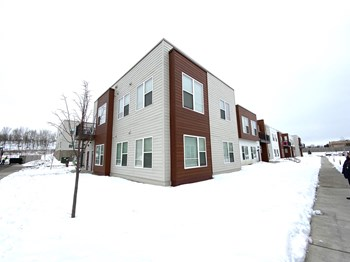 116 Milky Way 3 Beds Apartment for Rent Photo Gallery 1