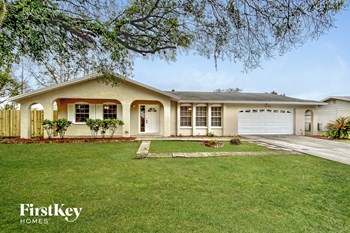 3760 Parkway Blvd 4 Beds House for Rent Photo Gallery 1