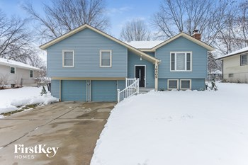 16509 McKinley St 3 Beds House for Rent Photo Gallery 1