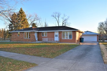 709 James Wittchen Drive 2 Beds House for Rent Photo Gallery 1