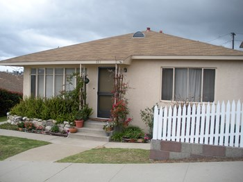 227 Sierra Street 1-2 Beds Apartment for Rent Photo Gallery 1