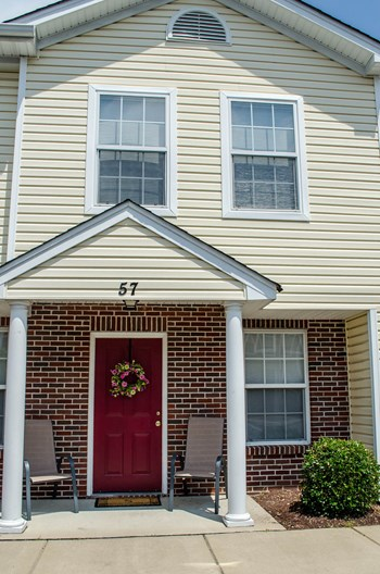 828 Forrest Drive 1-4 Beds Apartment for Rent Photo Gallery 1