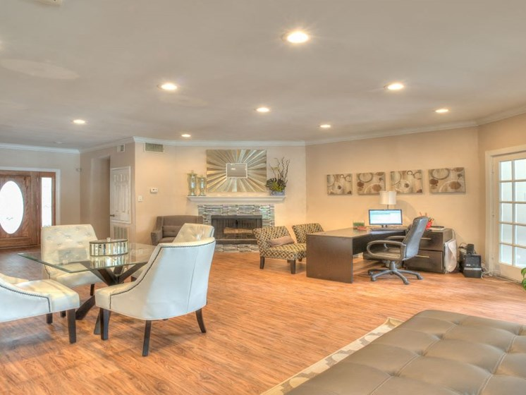 Ample Sitting at Fairfield Cove Apartments, Houston, 77090