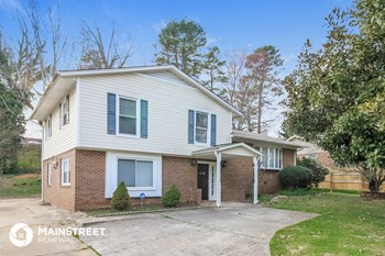 208 Foxcroft Dr 4 Beds House for Rent Photo Gallery 1