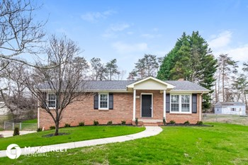 7571 Pine Trails Rd 3 Beds House for Rent Photo Gallery 1