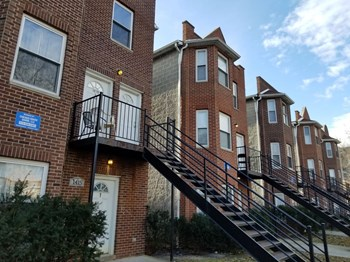 1411 East 71st Place 3 Beds Apartment for Rent Photo Gallery 1