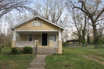 7041 Walrond Ave 3 Beds House for Rent Photo Gallery 1