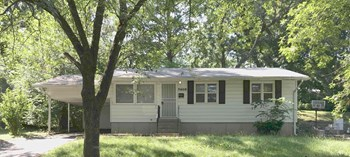 7405 E. 49th St. 3 Beds House for Rent Photo Gallery 1