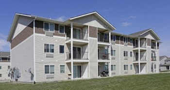 213 7Th Street SW Unit H 2 Beds Apartment for Rent Photo Gallery 1