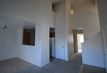 2308 E. Franklin Road 2-4 Beds Apartment for Rent Photo Gallery 1