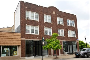 3922-24 N. Milwaukee Ave. 1-2 Beds Apartment for Rent Photo Gallery 1