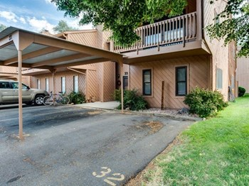 575 28 1/2 Road Unit 33 3 Beds House for Rent Photo Gallery 1