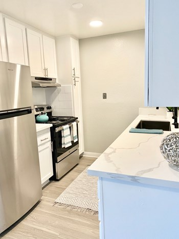 4464 Castelar Street 1-2 Beds Apartment for Rent Photo Gallery 1