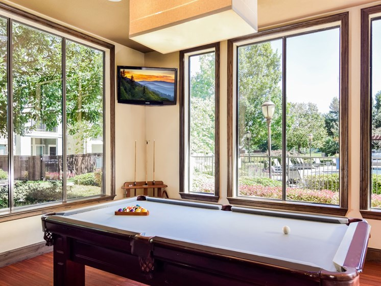 Resident Lounge and Billiards at Palm Valley, Round Rock, Texas