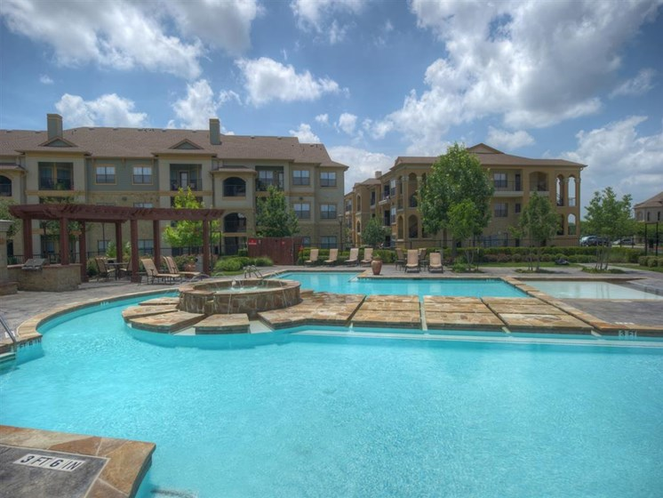 at Palm Valley Apartments, Round Rock, Texas