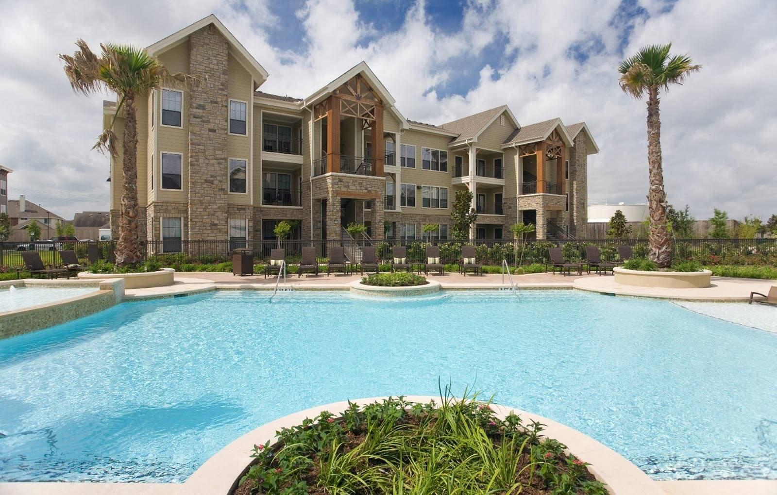 Sparkling Swimming Pool at Yorktown Crossing, Houston,Texas