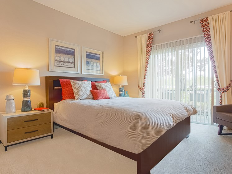 Beautiful Bright Bedroom With Wide Windows at Reserves at Alafaya, Florida, 32828