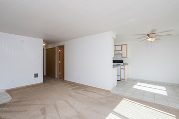 700 SW Eastman Pkwy 2 Beds Apartment for Rent Photo Gallery 1