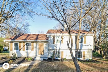 806 Elizabethan Dr 4 Beds House for Rent Photo Gallery 1