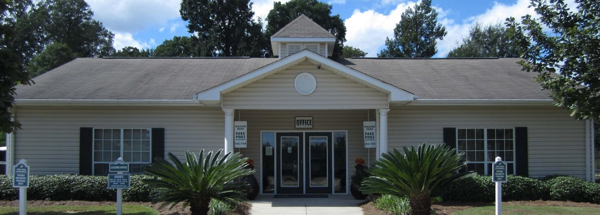 Classic Property at Park Pines Apartments, Hattiesburg