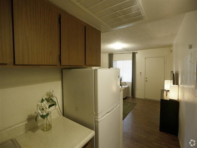 Ample Cabinet Space