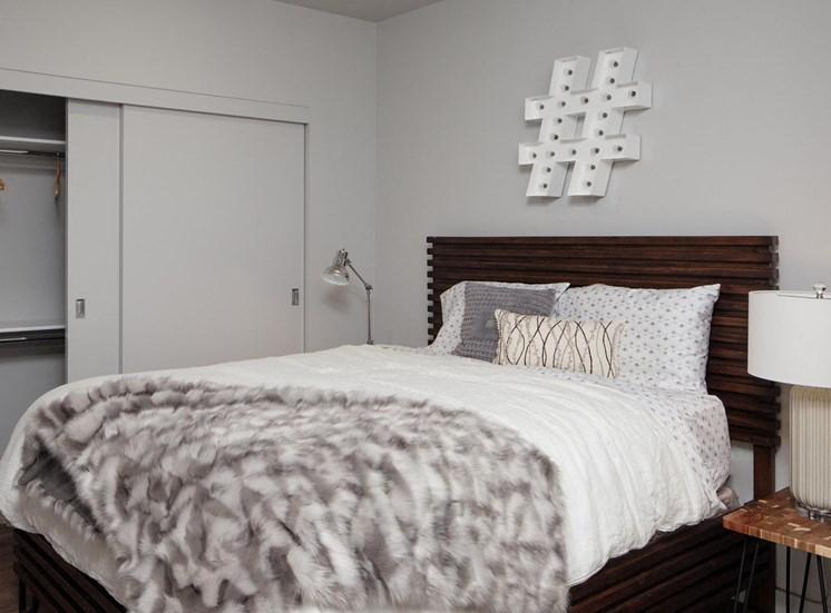 GoatBlocks_Portland_OR_975_Bedroom