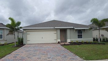 3298 ACAPULCO CIR 4 Beds House for Rent Photo Gallery 1