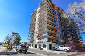 2499 S. Colorado Blvd. 1 Bed Apartment for Rent Photo Gallery 1