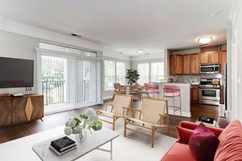 260 Yoakum Parkway 1-2 Beds Apartment for Rent Photo Gallery 1