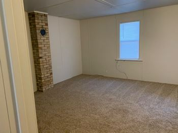 105 W Miles Ave 4 Beds Apartment for Rent Photo Gallery 1