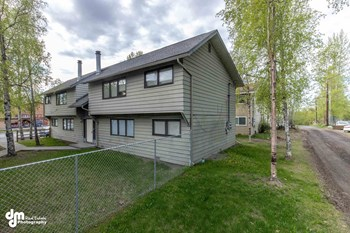 803 Price Street 2 Beds Apartment for Rent Photo Gallery 1